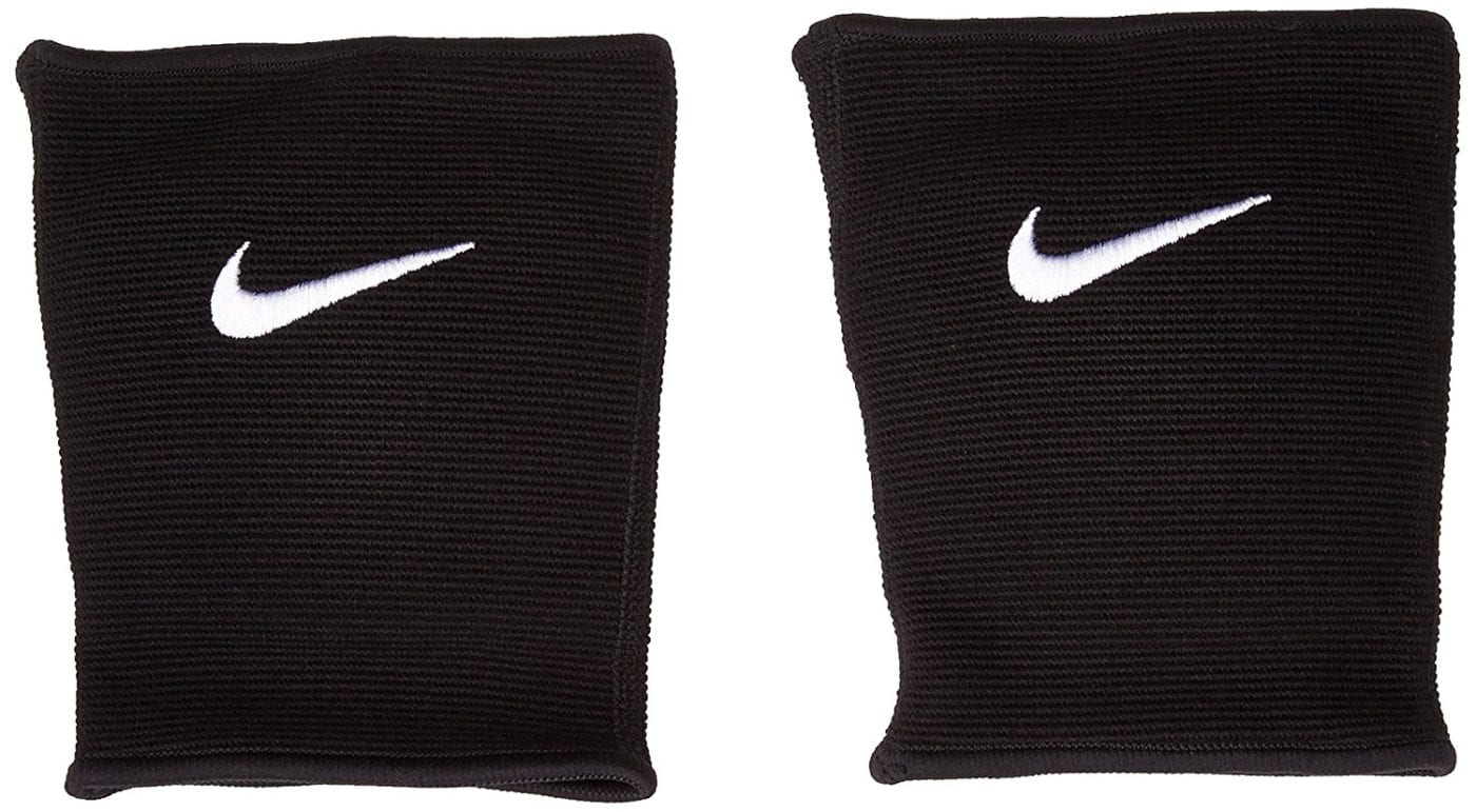 nike essential knee pads